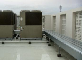 優れた防水・止水性能を持つ化粧ダクトで、配管の保護問題を解決