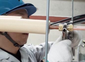 冷媒配管の分岐には、ロウ付けが必須?プレジョイントシステムなら、ロウ付けなしで簡単に作業できます!